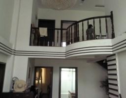新罗西城登高西路安置小区4房出售