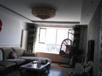 府街庭院豪华装修拎包入住4000/月