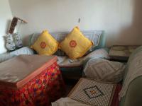 娄星万富街招商旅游局3房1厅简单装修出售