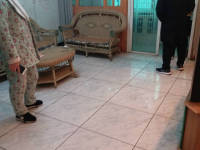 娄星长青街区政府家属区房厅出售