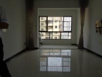 信州区三清山大道蓝山国际3房1厅简单装修出租