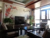 信州区凤凰中大道汇成凡尔赛4房2厅高档装修出售
