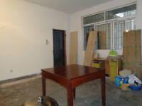信州区带湖路带湖公寓3房2厅简单装修出售