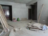信州区凤凰中大道新天第3房2厅毛坯出售
