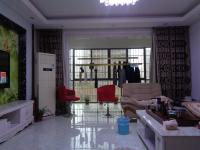 信州区凤凰大道米兰春天5房2厅中档装修出售