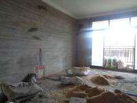 信州区南环路瀚林印象5房2厅毛坯出售