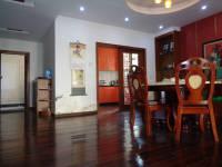 信州区凤凰大道绿景家园4房2厅出售