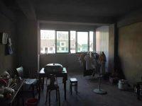 上饶县七六路名江丽景花园一期4房2厅毛坯出售