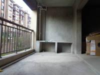 信州区吉阳中路万和九龙湖4房2厅毛坯出售