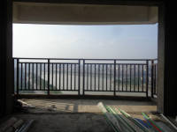 信州区三江大道红海外滩4房2厅出售