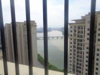 信州区滨江西路万达广场2房2厅毛坯出售