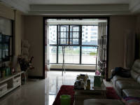 信州区三清山大道和锦园3房2厅高档装修出售