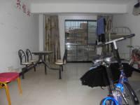 上饶县惟义路中央一品4房2厅简单装修出售