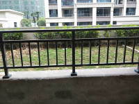 蒸湘区政府 万恒白金汉宫一楼带私家花园和地下室