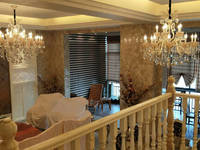 高新祝融路衡府4房2厅高档装修出售