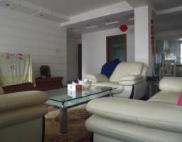 潜庄公寓五楼带阁楼  中等装修