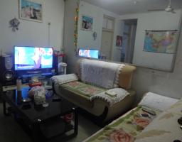 卫滨华兰大道华天小区2房1厅简单装修出售