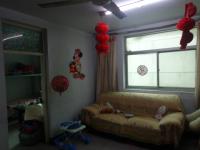 卫滨胜利南街汽车配件厂家属院3房2厅中档装修出售