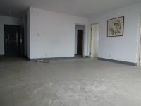 红旗劳动南街中原明珠花园玫瑰苑  4房2厅简单装修出售