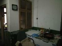 红旗人民路果园小区2房1厅简单装修出售