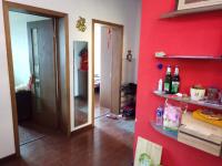 红旗人民路环卫处家属院2房2厅高档装修出售