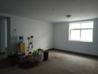 卫滨向阳路福华苑3房2厅简单装修出售
