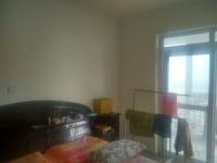 卫滨解放大道翰林国际2房2厅简单装修出售