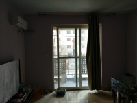 红旗和平路隆基新谊城3房2厅高档装修出售