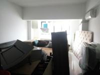 红旗金穗大道宝龙钻石公寓1房1厅中档装修出售