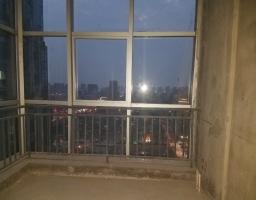 红旗新二街伟业中央公园房厅出售