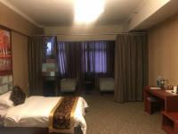 牧野和平路维多利亚城1房1厅中档装修出售