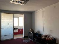 红旗振中路三十二中家属院3房1厅简单装修出售