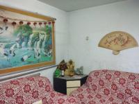 红旗和平大道纺织厂家属院2房1厅简单装修出售