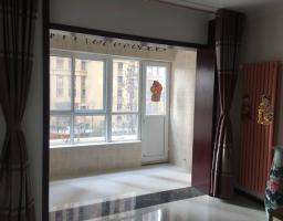 红旗新一街宝龙龙邸2房2厅中档装修出售