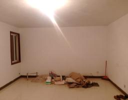 卫滨胜利南街隆胜华庭3房2厅简单装修出售