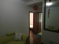 红旗人民路老检察院家属院2房1厅简单装修出售