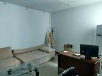 红旗和平大道中银佳苑3房2厅简单装修出售