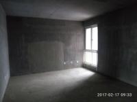 卫滨胜利南街隆胜华庭3房2厅毛坯出售