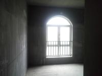 卫滨南环路绿地迪亚庄园5房3厅出售
