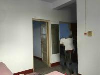 红旗人民路环卫处家属院2房2厅简单装修出售