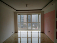 卫滨华兰大道天鹅第一城3房2厅中档装修出售