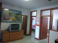 红旗和平大道纺织厂家属院3房2厅简单装修出售