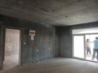 开发区海河路蓝葆湾3房2厅毛坯出售