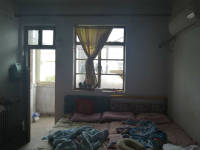 红旗新延路五普中区2房1厅简单装修出售
