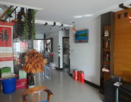 红旗科隆大道今日花园3房2厅简单装修出售