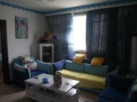 卫滨胜利中街七彩家园3房2厅中档装修出售