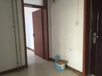 卫滨化工路中科化工有限公司家属院2房2厅简单装修出售