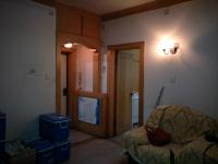 红旗人民中路红旗区统建家属院2房2厅中档装修出售