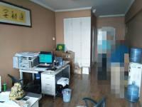 红旗金穗大道华中首座房厅简单装修出售