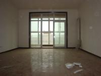 洛龙区古城路奥体花城4房2厅简单装修出售
